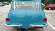 1968 IH Travel-All presented as lot U49 at St. Charles, IL 2011 - thumbail image2