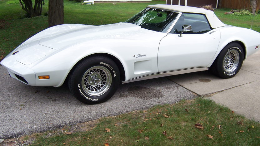 1974 Chevrolet Corvette Convertible 350 CI, Automatic presented as lot U127 at St. Charles, IL 2011 - image2