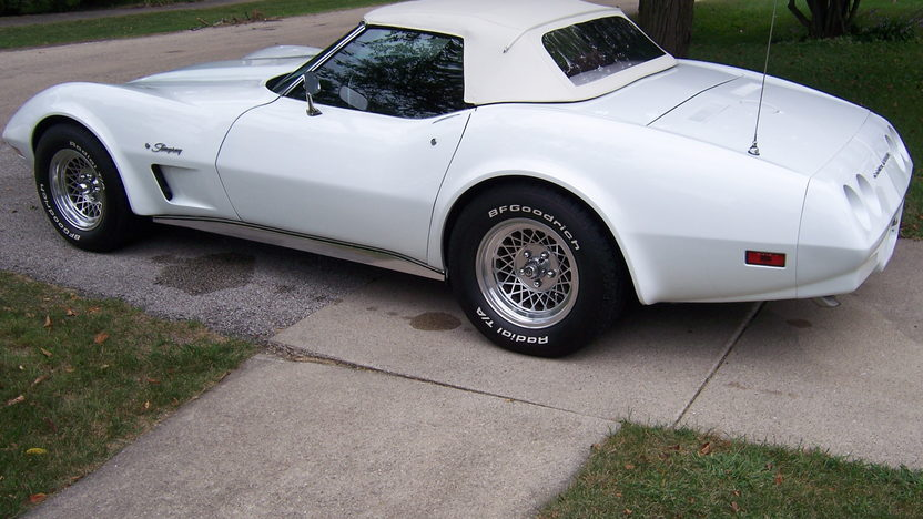 1974 Chevrolet Corvette Convertible 350 CI, Automatic presented as lot U127 at St. Charles, IL 2011 - image7