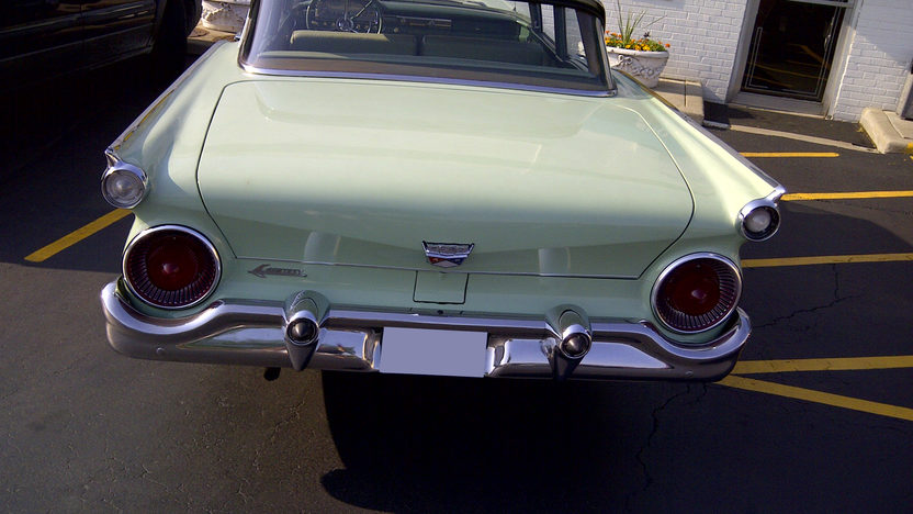 1959 Ford Custom 300 223 CI, Automatic presented as lot U129 at St. Charles, IL 2011 - image2