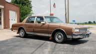1987 Chevrolet Caprice 4-Door 305 CI, Automatic presented as lot U152 at St. Charles, IL 2011 - thumbail image3