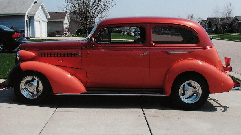 1938 Chevrolet Flat Back 2-Door Sedan 350/350 HP presented as lot U93 at St. Charles, IL 2011 - image2