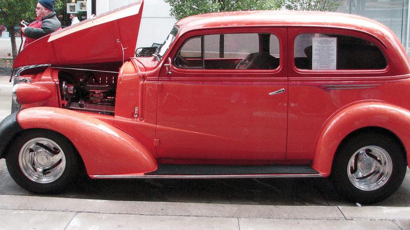 1938 Chevrolet Flat Back 2-Door Sedan 350/350 HP presented as lot U93 at St. Charles, IL 2011 - image3