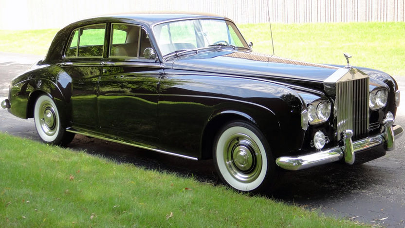1965 Rolls-Royce Silver Cloud III 4-Door Sedan V-8, Automatic presented as lot U112 at St. Charles, IL 2011 - image8