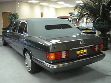 1985 Mercedes-Benz 500 SEL 4-Door Limo 5.0L, Automatic presented as lot U115 at St. Charles, IL 2011 - image3