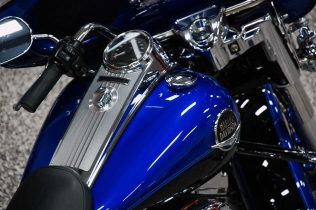 2008 Harley-Davidson Road King Classic 96 CI, 6-Speed presented as lot U120 at St. Charles, IL 2011 - image5