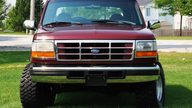 1996 Ford Bronco Xlt 5.8L, Automatic presented as lot U125 at St. Charles, IL 2011 - thumbail image2