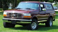 1996 Ford Bronco Xlt 5.8L, Automatic presented as lot U125 at St. Charles, IL 2011 - thumbail image3
