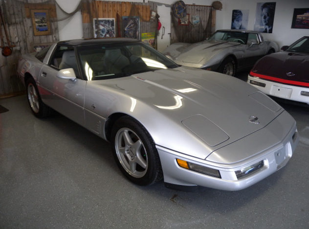 1996 Chevrolet Corvette Coupe 350/330 HP, 6-Speed presented as lot F97 at St. Charles, IL 2011 - image6