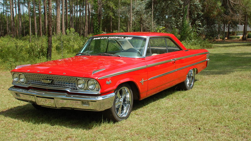 1963 Ford Galaxie 500 2-Door 390 CI, Automatic presented as lot F43 at St. Charles, IL 2011 - image2