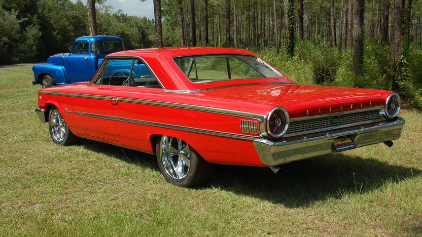 1963 Ford Galaxie 500 2-Door 390 CI, Automatic presented as lot F43 at St. Charles, IL 2011 - image3