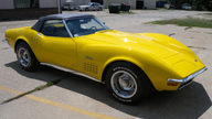 1972 Chevrolet Corvette Convertible 350 CI, 4-Speed presented as lot F111 at St. Charles, IL 2011 - thumbail image8
