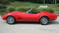 1968 Chevrolet Corvette Convertible 327/350 HP, 4-Speed presented as lot F221 at St. Charles, IL 2011 - thumbail image7
