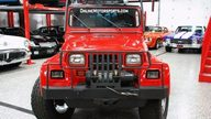 1991 Jeep Wrangler Renegade 4.0L, 5-Speed presented as lot S125 at St. Charles, IL 2011 - thumbail image4