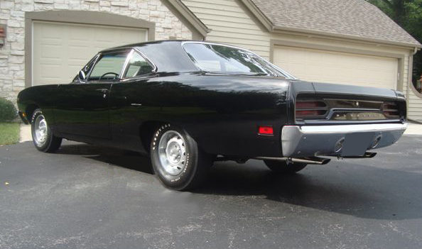 1970 Plymouth Hemi Road Runner Coupe 426/425 HP, Automatic presented as lot S162 at St. Charles, IL 2011 - image2
