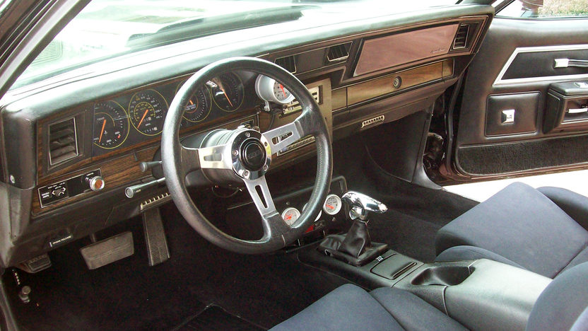 1979 Chevrolet Caprice 454/425 HP, Automatic presented as lot T143 at St. Charles, IL 2011 - image4