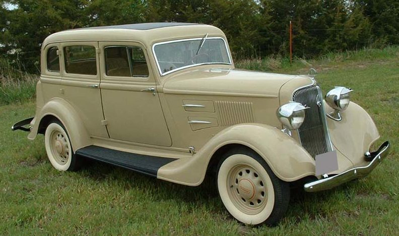 1934 Plymouth PE 4-Door presented as lot T234 at St. Charles, IL 2011 - image5