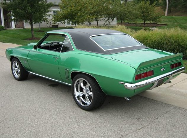 1969 Chevrolet Camaro 350 CI, Automatic presented as lot T196 at St. Charles, IL 2011 - image2
