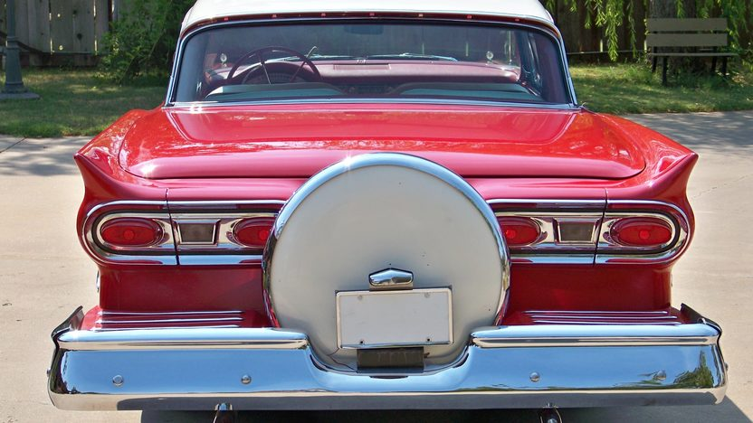 1958 Ford Skyliner Retractable 352/300 HP, Automatic presented as lot F264 at St. Charles, IL 2011 - image4