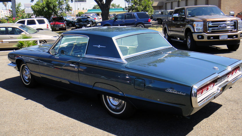 1966 Ford Thunderbird Automatic presented as lot F42 at St. Charles, IL 2011 - image4
