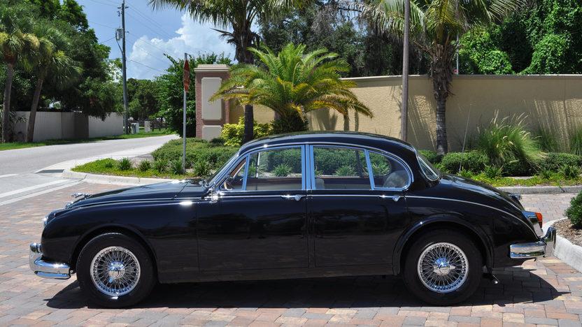 1963 Jaguar Mark II 4-Door Sedan 350 CI, Automatic presented as lot S49 at St. Charles, IL 2011 - image2