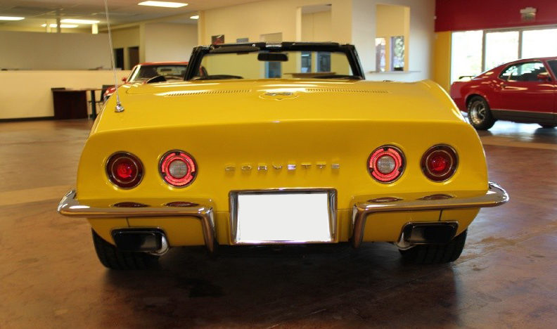 1971 Chevrolet Corvette LT1 Convertible 4-Speed presented as lot S86 at St. Charles, IL 2011 - image4