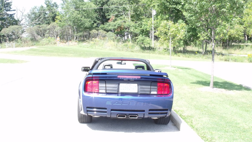 2006 Ford Mustang Saleen Convertible 4.6L, Automatic presented as lot T239 at St. Charles, IL 2011 - image3