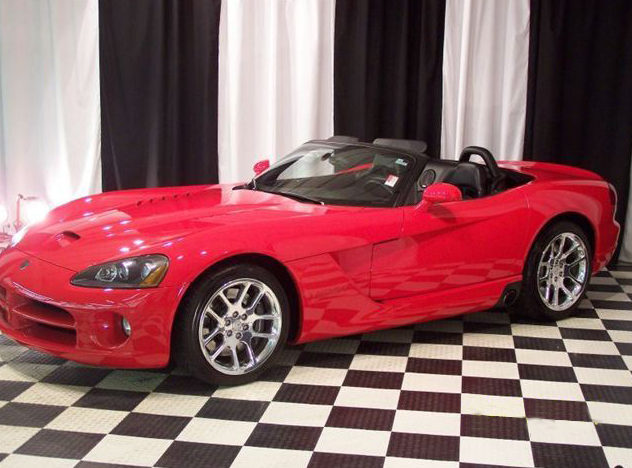 2003 Dodge Viper SRT/10 Convertible presented as lot T180 at St. Charles, IL 2011 - image8
