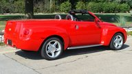 2003 Chevrolet SSR presented as lot S150.1 at St. Charles, IL 2011 - thumbail image5