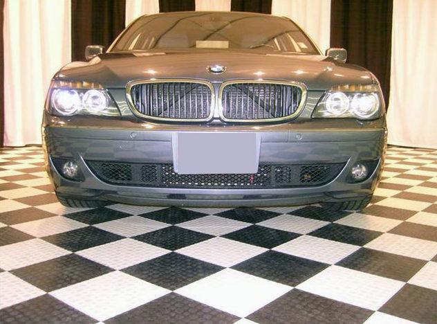 2006 BMW 750li Sedan presented as lot U126.1 at St. Charles, IL 2011 - image2
