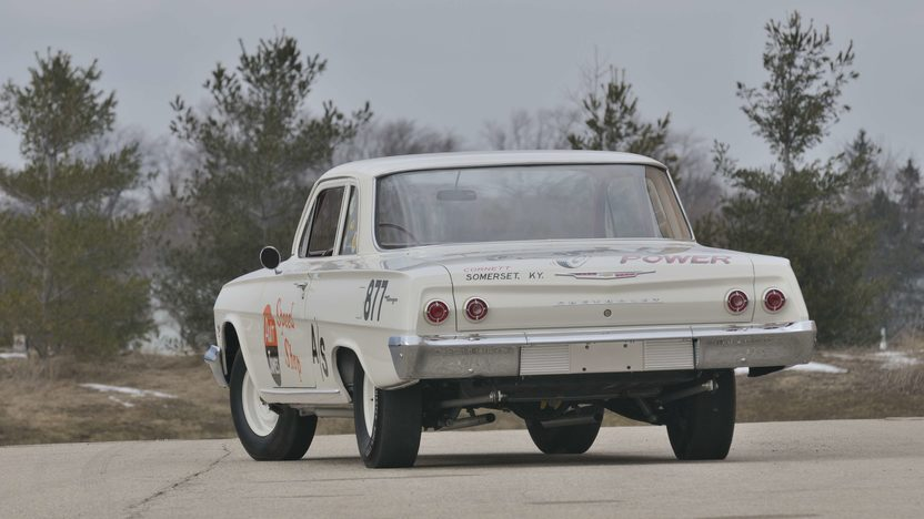 1962 Chevrolet Biscayne 2-Door 409/409 HP, 4-Speed  presented as lot S181 at St. Charles, IL 2009 - image3
