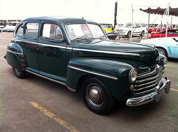1947 ford super deluxe 4 door sedan mecum st charles for 1947 oldsmobile 4 door sedan