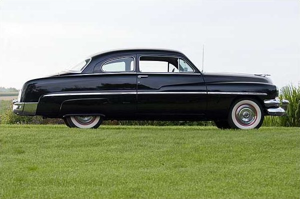 1951 Mercury Monterey 2-Door Sport Coupe 255 CI, 3-Speed   presented as lot T176 at St. Charles, IL 2010 - image3