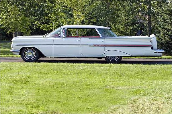 1959 Chevrolet Impala 4-Door Hardtop 283 CI, Automatic presented as lot T186 at St. Charles, IL 2010 - image8