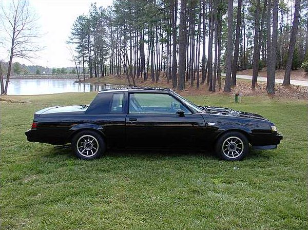 1984 buick grand national 2 door sedan mecum st charles. Black Bedroom Furniture Sets. Home Design Ideas