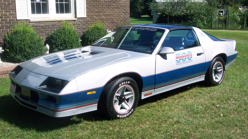 1982 Chevrolet Camaro Z28 Pace Car Edition presented as lot T61 at Schaumburg, IL 2013 - image7