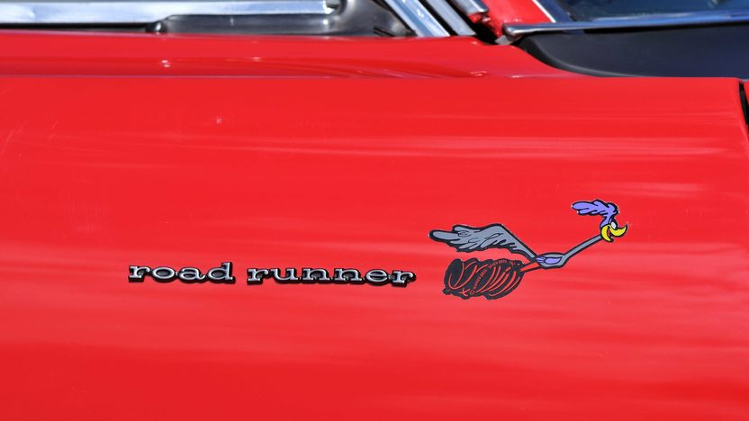 1969 Plymouth Road Runner Coupe 383 CI, Automatic presented as lot F118 at Schaumburg, IL 2013 - image10