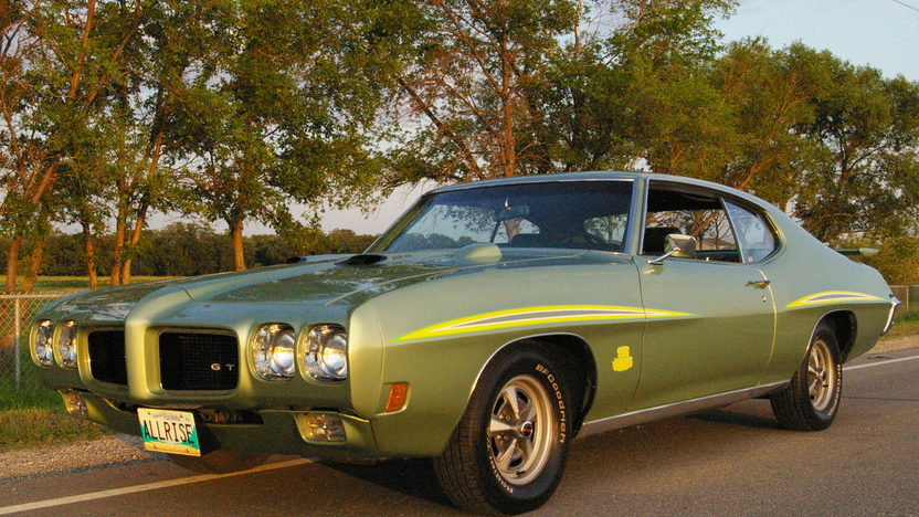 1970 Pontiac GTO Judge Hardtop 400/366 HP, Automatic presented as lot S156 at Schaumburg, IL 2013 - image11