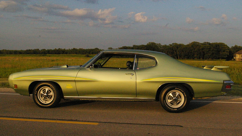 1970 Pontiac GTO Judge Hardtop 400/366 HP, Automatic presented as lot S156 at Schaumburg, IL 2013 - image2
