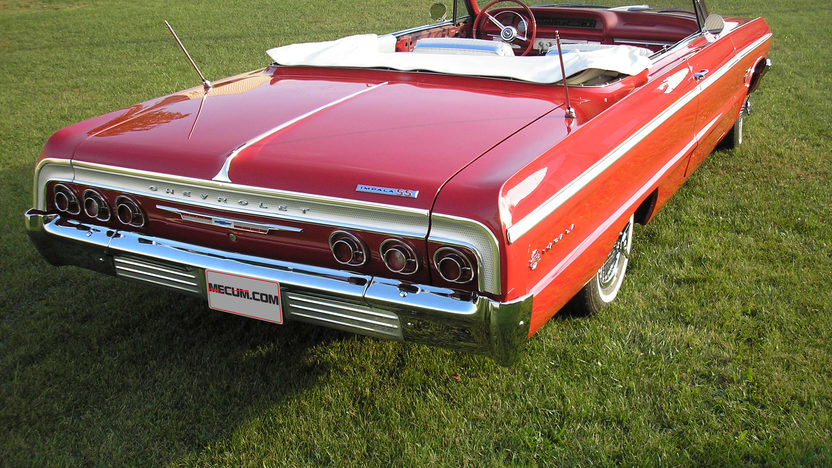 1964 Chevrolet Impala SS Convertible 409/425 HP, 4-Speed presented as lot S164 at Schaumburg, IL 2013 - image3