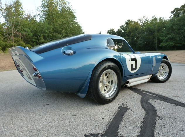 1965 Shelby Daytona Coupe Replica 302 CI, 4-Speed presented as lot S198 at Schaumburg, IL 2013 - image9