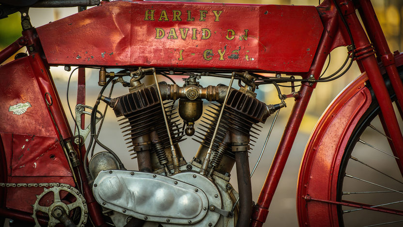 1912 Harley-Davidson Big Twin FORMERLY OWNED BY STEVE MCQUEEN presented as lot S177 at Monterey, CA 2014 - image5
