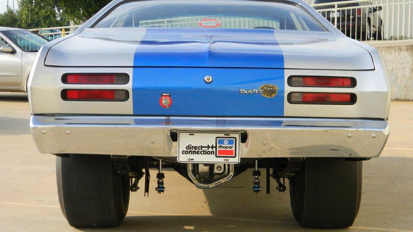 1976 Plymouth Duster 540 CI, 4-Speed presented as lot T197 at Dallas, TX 2012 - image2
