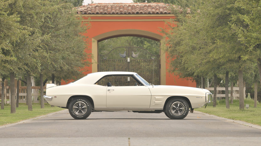 1969 Pontiac Trans Am Ram Air IV 400/345 HP, Automatic presented as lot F220.1 at Dallas, TX 2012 - image11
