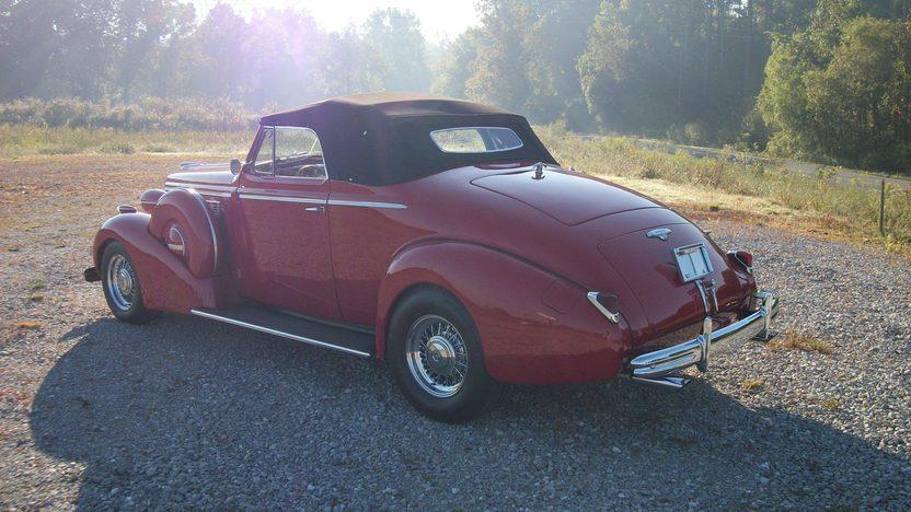 1938 Buick  Convertible presented as lot S216 at Dallas, TX 2012 - image2