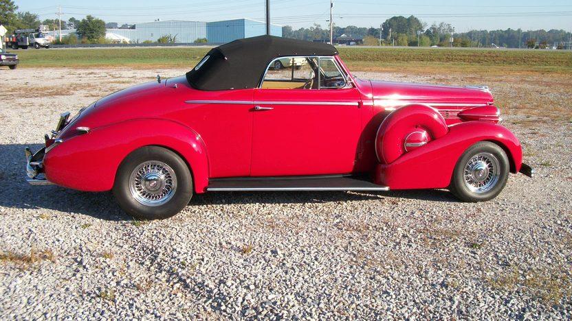 1938 Buick  Convertible presented as lot S216 at Dallas, TX 2012 - image3