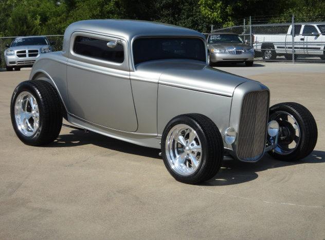 1932 ford 3 window coupe mecum dallas 2012 f256 for 1932 ford 3 window coupe fiberglass body