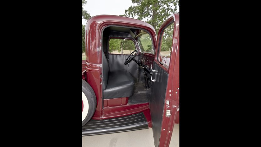 1935 Ford  Pickup Flathead V-8, Frame-off Restored presented as lot W18 at Dallas, TX 2012 - image5