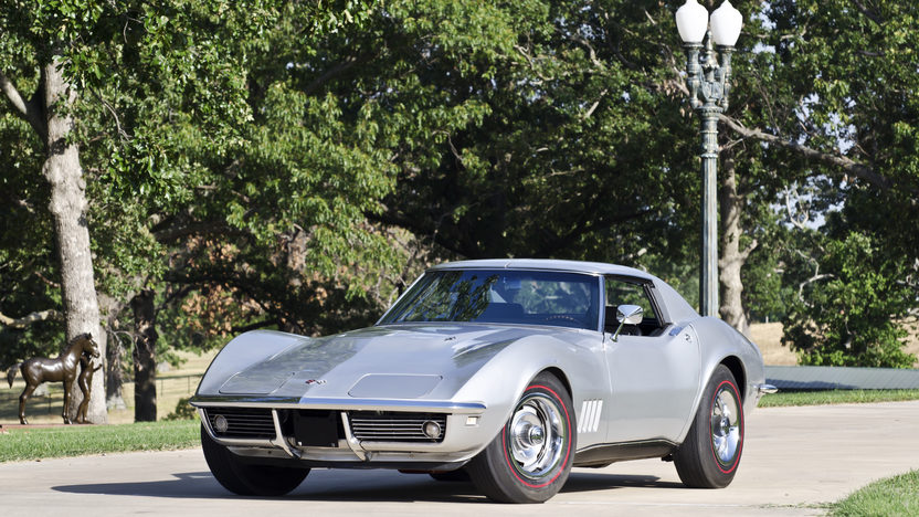 1968 Chevrolet Corvette Coupe 427/435 HP, 4-Speed with 9,031 Miles presented as lot W69 at Dallas, TX 2012 - image10