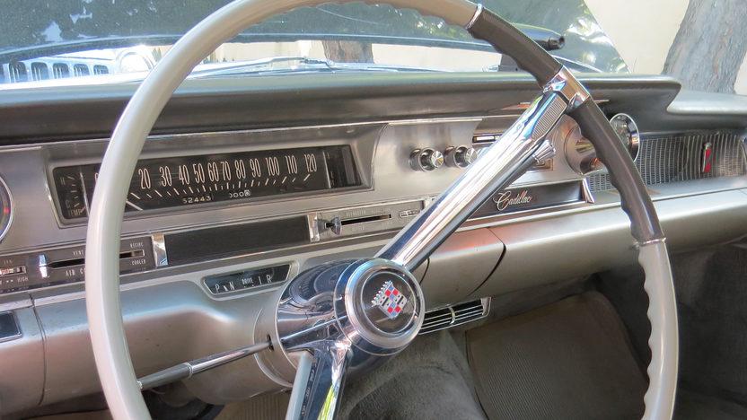 1962 Cadillac Fleetwood 60 Special Sedan presented as lot W106 at Dallas, TX 2013 - image5